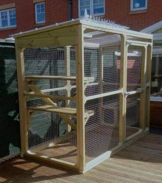 Cat Run Standard for outdoor use  to keep cats safe and excercised
